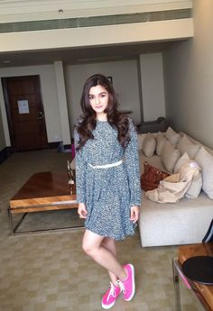 In love with what she is wearing.  #Credits From Alia Bhat's Twitter