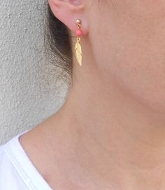 Hey, I found this really awesome Etsy listing at https://www.etsy.com/il-en/listing/209578600/gold-feather-earrings-coral-stud