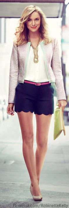 Love the shorts but I hate the pink belt and that blazer with it