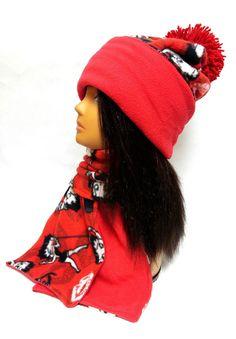 Handmade Betty Boop Fleece Hat and Scarf Set w  Red Lining f90fcc2b823e