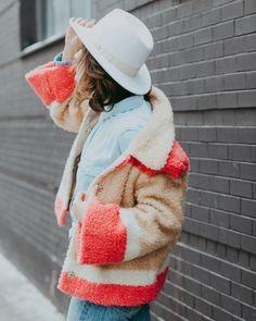 Colorblocked Sherpa Jacket via @sylviethecamera