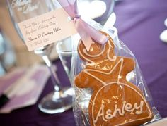 Gingerbread Folk  placecards + favour\bonbonniere