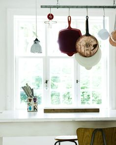 love hanging pots and pans