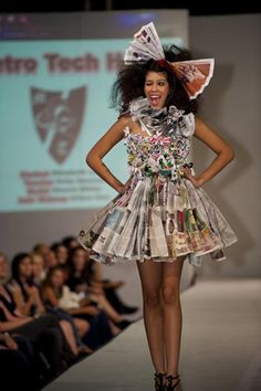 Micaela S Group On Pinterest Wearable Art Jellyfish And