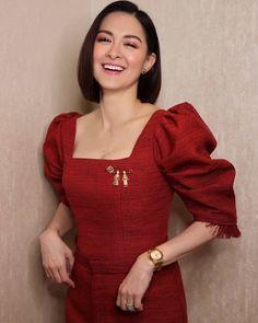 Modern Filipiniana Gown, Marian Rivera, Filipina Beauty, Dress Sewing Patterns, Holiday Dresses, Style Icons, Beautiful Dresses, Dressing, Gowns