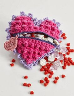 Free Crochet Pattern: Heart Shaped Candy Bag