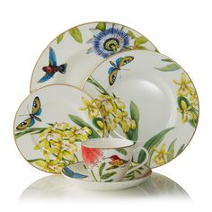 Exclusive to Bloomingdale's, this exuberant dinnerware collection is the result of a close collaboration with Villeroy & Boch. Decorated with tropical botanicals, birds and butterflies rendered in inc