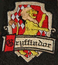 Wappen GRYFFINDOR aus Harry Potter Aufnäher Patch NEU in Bastel- & Künstlerbedarf, Nähen, Sonstige | eBay