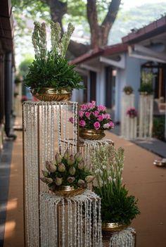 Desi Wedding Decor, Diy Wedding Backdrop, Wedding Stage Decorations, Engagement Decorations, Backdrop Decorations, Flower Decorations, Traditional Wedding Decor, Flower Wall Wedding, Mehndi Decor