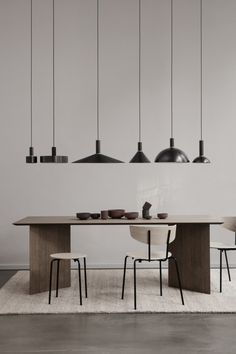 ferm LIVING's furniture collection is created in the Danish design tradition and consists of tables, sofas, and chairs created for daily life. Home Design, Home Interior Design, Design Ideas, Design Trends, Design Layouts, Design Styles, Interior Design Minimalist, Black Pendant Light, Scandinavian Kitchen