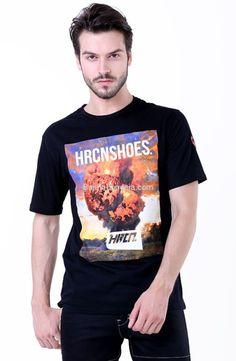 Kaos pria H 0003 adalah kaos pria yang nyaman untuk dipakai...