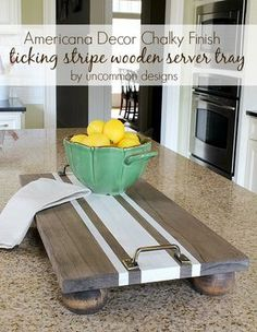 Make longer for dining room table: DIY Ticking Stripe Wooden Server Tray featuring Americana Decor Chalky Finish. Bois Diy, Wooden Serving Trays, Serving Tray Decor, Bed Tray, Diy Holz, Diy Interior, Diy Wood Projects, Easy Woodworking Projects, Wooden Diy