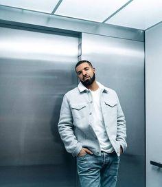 Explore famous, rare and inspirational Drake lyrics and lines. Here are the 10 greatest Drake quotes on rap music, love, life and success. Drake Fashion, Drake Clothing, Women's Clothing, Drake Wallpapers, Drake Drizzy, Drake Ovo, Lil Boosie, Drake Graham, Aubrey Drake