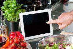 A tecnologia invade as cozinhas. Veja mais em efacil.com.br/simplifica