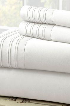 Amrapur 1000 Thread Count Cotton Blend Sheet Set - White