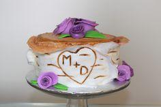 Birch log cake with fondant flowers Birch Logs, Log Cake, Cake Face, Fondant Flowers, Fondant Cakes, How To Make Cake, Desserts, Food, Tailgate Desserts