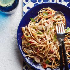Linguine with Creamy White Clam Sauce Recipe Pasta Dinner Recipes, Quick Dinner Recipes, Holiday Recipes, Fish Recipes, Seafood Recipes, Bread Recipes, Healthy Pastas, Healthy Recipes, Healthy Dinners