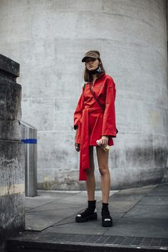 All the Best Street Style Looks From London Fashion Week Spring 2018 Model Street Style, Spring Street Style, Street Style Looks, Looks Style, Street Style Women, Street Styles, Fashion Wear, Runway Fashion, Spring Fashion