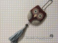 Felted owl keychain/Needle felting owl/Miniature needle felted owl/Wool owl accesories/Birthday gift/Bag Charm/Owl necklace/OOAK soft gift by BlackPoppyArt on Etsy