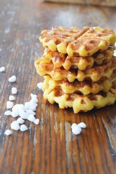 Crispy and sweet Belgian sugar waffles are a delicious addition to any breakfast or brunch. They are best served hot and are sure to impress. Belgian Waffle Cookie Recipe, Best Waffle Recipe, Waffle Iron Recipes, Waffle Cookies, Cookies Et Biscuits, Breakfast Waffles, Pancakes And Waffles, Breakfast Dishes, Breakfast Recipes