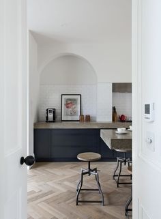 Industrial Kitchen With Oak Herringbone Floor And Deep Blue Cupboards - Source: Contemporary Lighting Kitchen Tiles, Kitchen Flooring, New Kitchen, Kitchen Black, Parquet Flooring, Wooden Kitchen Floor, Stylish Kitchen, Kitchen Island, Küchen Design