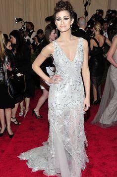 Emmy Rossum en la alfombra roja de la gala MET 2013 en Nueva York