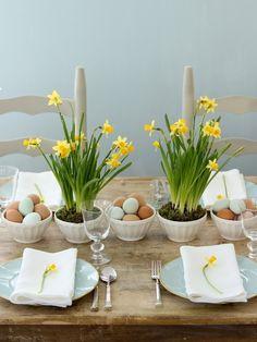 table settings, easter dinner, easter tabl, daffodil, brunch, egg, easter centerpiece, flower, tabl set