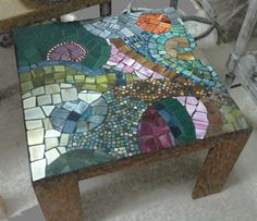 Repurposed Mosaic Table - love the colors and design.