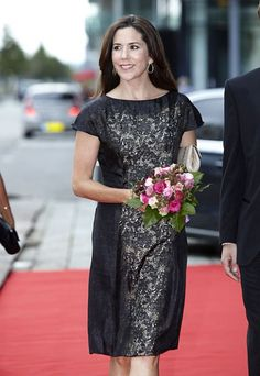 GALLERI: Kronprinsesse Marys festgarderobe | Billed Bladet