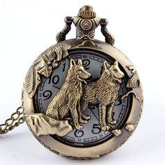 Antique Bronze hound Dog Pooch Icon Quartz Pocket Watch Necklace Chain Retro Pendant High Quality Watch for Mens Childs Pocket Watch Mens, Steampunk Pocket Watch, Cooler Stil, Wolf Jewelry, Men's Jewelry, Wiccan Jewelry, Jewelry Accessories, Jewelry Making, Watch Gift Box