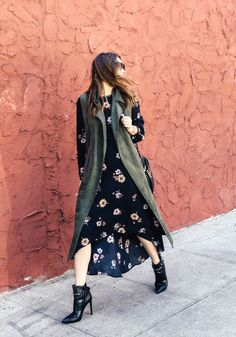 """5 Things To Always Have in Closet """"I love a good feminine long-sleeve floral dress for fall. This one is not only comfortable, it's also easy to get around in,"""" says Hirsch.WhoWhatWear"""