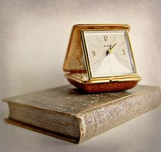 Vintage Seth Thomas Travelling Alarm Clock by AandNmercantile, $22.00