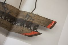 Bootschafft Hoffnung: Ein #Unikatbuch mit Werken von #GertKoch sowie #Aphorismen und #Weisheiten zu den Themen #Sklaverei #Vertreibung und #Flucht True Words