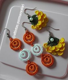 Marjorie Delgato, Crochet jewelry and patterns in spanish Crochet Earrings Pattern, Crochet Jewelry Patterns, Crochet Accessories, Crochet Motif, Crochet Flowers, Crochet Necklace, Tatting Jewelry, Tatting Lace, Crochet Rings