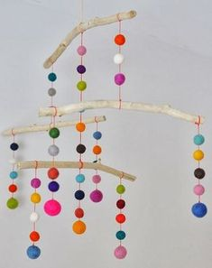 Felt ball and drift wood colorful baby DIY baby mobile. Kids Crafts, Felt Crafts, Diy And Crafts, Craft Projects, Wood Crafts, Craft Kids, Canvas Crafts, Diy Wood, Wood Projects