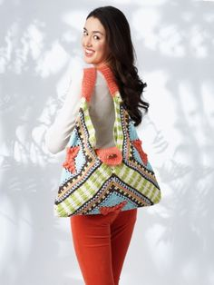 Buy Free Pattern Lily Sugar 'N Cream Tri Fold Tote from the Crochet Patterns range at Hobbycraft. Crochet Gratis, Crochet Tote, All Free Crochet, Crochet Handbags, Crochet Purses, Crochet Yarn, Crochet Stitches, Motifs Granny Square, Granny Squares