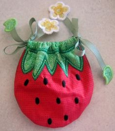 Embroidery Designs - In The Hoop Strawberry Bag 4x4 5x7 6x10 - Welcome to Lynnie Pinnie.com! Instant download and free applique machine embroidery designs in PES, HUS, JEF, DST, EXP, VIP, XXX AND ART formats.