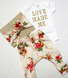 Glitter Baby Shower Gift/ Newborn Set/ Coming par SweetLucyJack