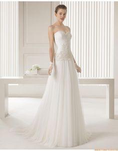 2015 Süße Liebste Trägerlose Brautkleider aus Softnetz mit Applikation