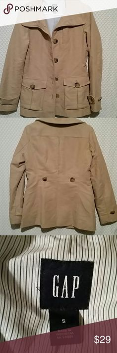 Gap coat size small Excellent condition tan Gap coat size small shell is 100% cotton lining is 100% polyester GAP Jackets & Coats