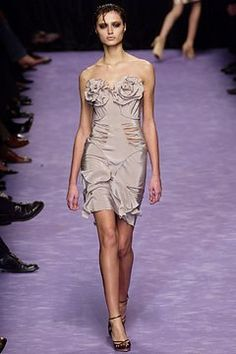 Saint Laurent Spring 2003 Ready-to-Wear Fashion Show - Maja Latinovic, Tom Ford