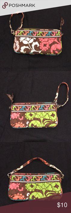 d06e7547cf Vera Bradley wristlet Pattern  Lola (retired) Vera Bradley wristlet that  can also be