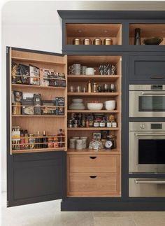 Farmhouse Kitchen Cabinets, Painting Kitchen Cabinets, Home Interior, Interior Design Kitchen, Home Design, New Kitchen, Kitchen Decor, Kitchen Pantry, Organized Kitchen