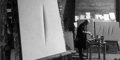 #wattpad #narrativa-generale Chi vive deve essere sempre pronto ai mutamenti, parola di Johann Wolfgang von Goethe e John Coleridge, per quanto si sforzi di preservare da ogni cambiamento il mondo che con fatica ha saputo riconquistare, dovrà imparare questa lezione che la sorte vuole impartirgli. La vita di John sta per subir...