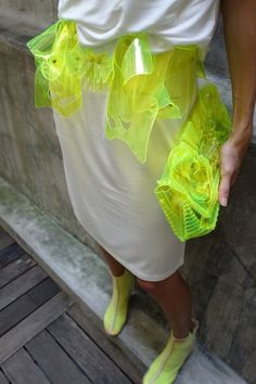 Neon + Transparent // The neon really brings out the outfit and emphasize it