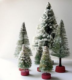 Bottle Brush Trees and Wreaths were made from 1930 to the late 1950s. Description from pinterest.com. I searched for this on bing.com/images