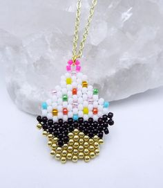 Items similar to Super Cute Cupcake Necklace for Daughter, Gift for Baker, Fun Jewelry for Cooking Teacher, Unique Beaded Cake Necklace, Pastry Chef Present on Etsy Seed Bead Art, Seed Bead Crafts, Beaded Earrings, Beaded Jewelry, Perler Beads, Beaded Banners, Cute Cupcakes, Red Jewelry, Pony Beads