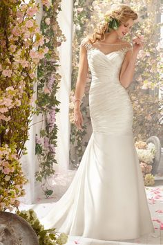 2014 Bateau Weddign Dress Beaded Neckline Pleated Bodice Mermaid/Trumpet Court Train Satin&Tulle