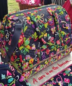 "Vera Bradley new Frame Travel Bag in ""Ribbons"" cake by C Star Cakes #cstarcakes #verabradley"
