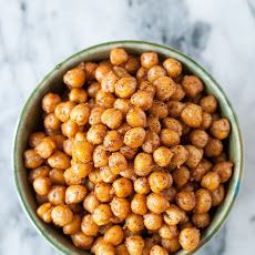How To Make Crispy Roasted Chickpeas in the Oven
